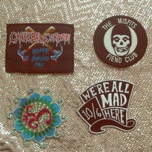 Lot of 4 patches, cannibal corpse, the misfits